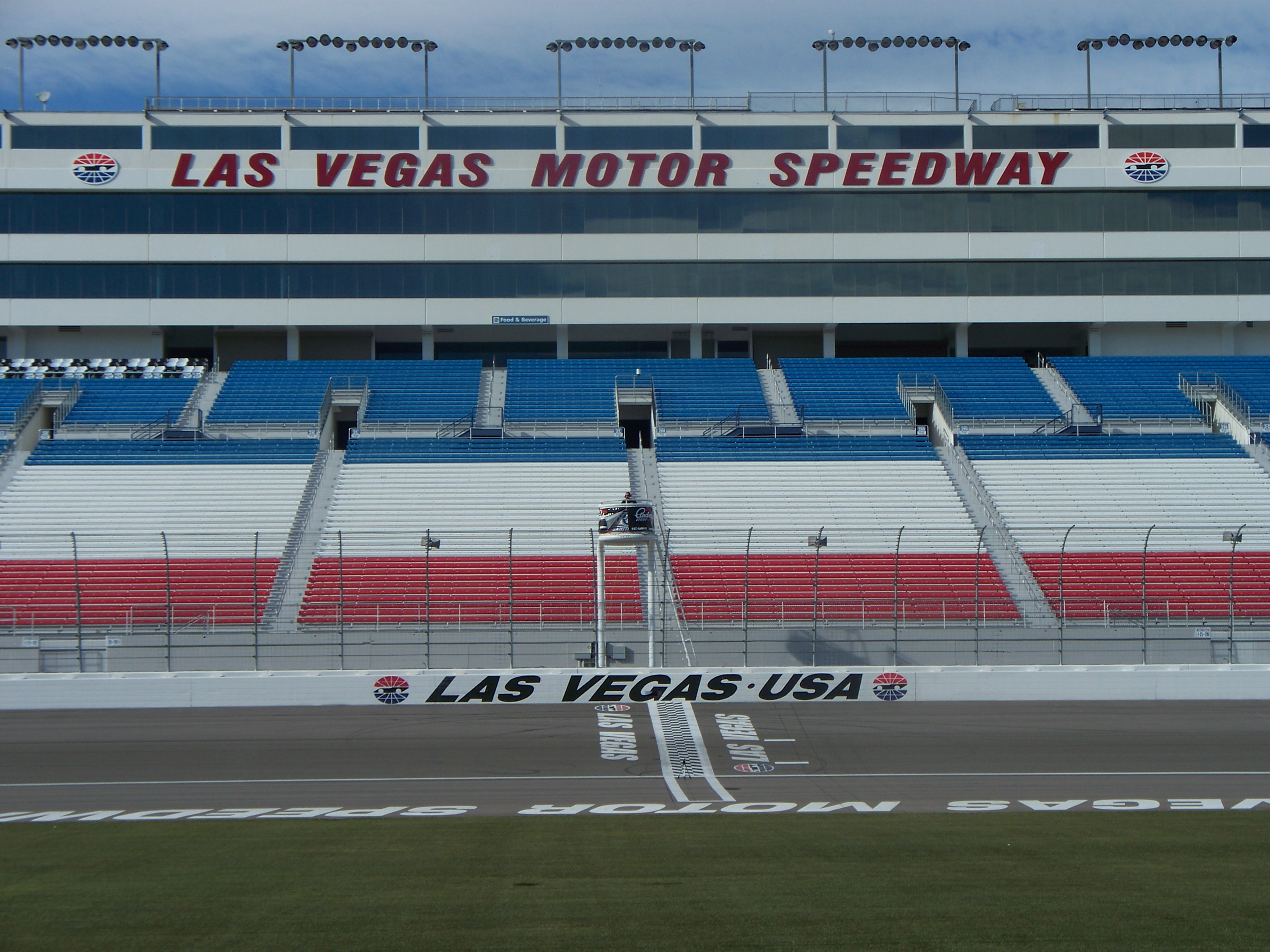 Nascar wikipedia la enciclopedia libre autos post for La motors las vegas