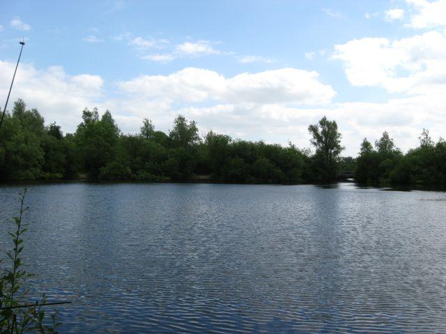 Lake at Milton Country Park - geograph.org.uk - 863645