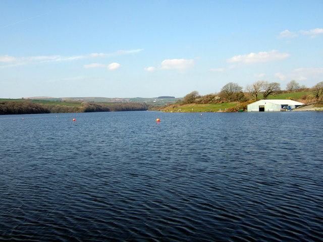Llys-y-fran reservoir from the dam - geograph.org.uk - 398869