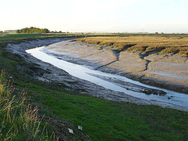 Low tide in Conyer Creek - geograph.org.uk - 272404