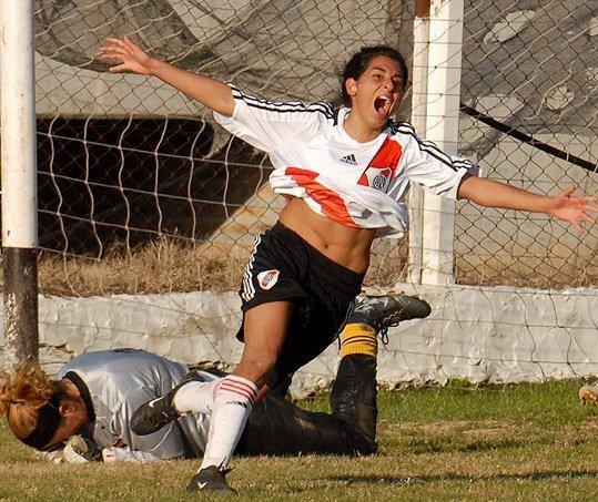 Futebol feminino – Wikipédia 4f0d6dcf5254e