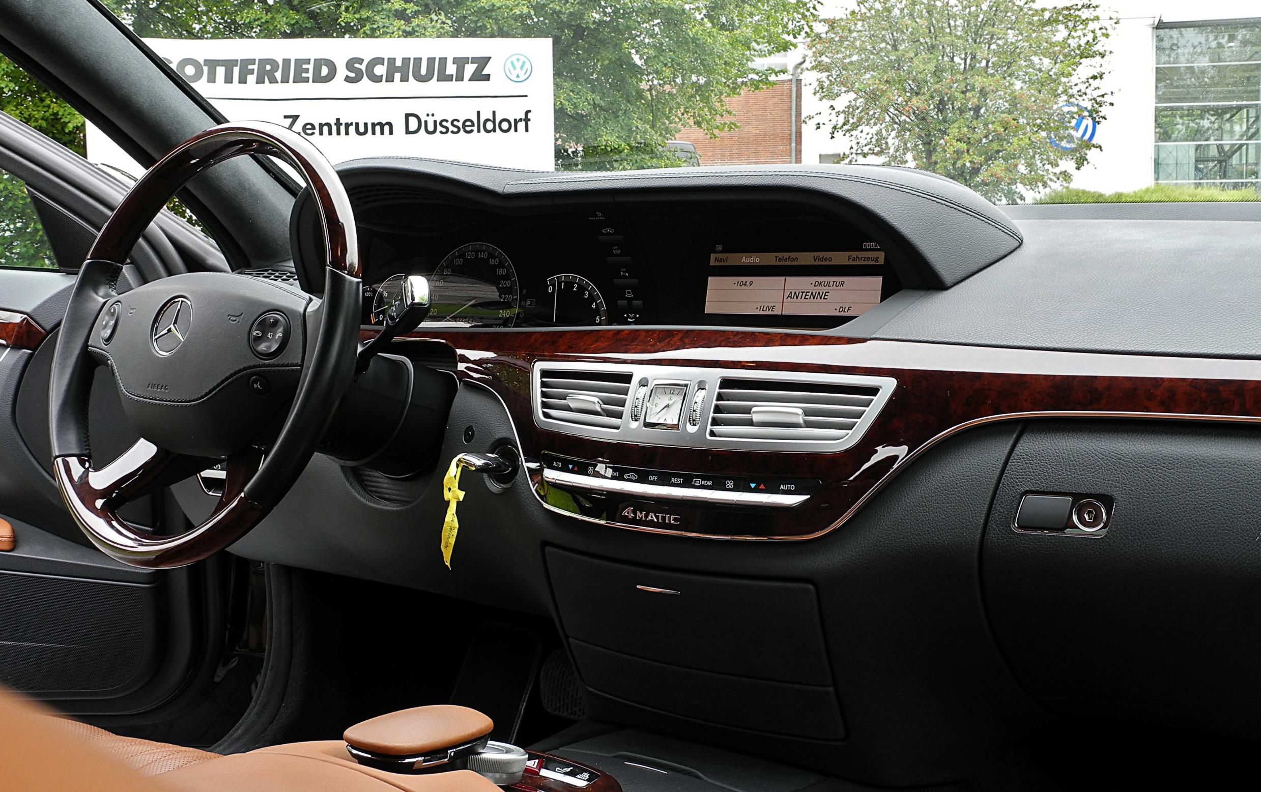 File Mercedes Benz S 320 Cdi 4matic L V 221 Innenraum
