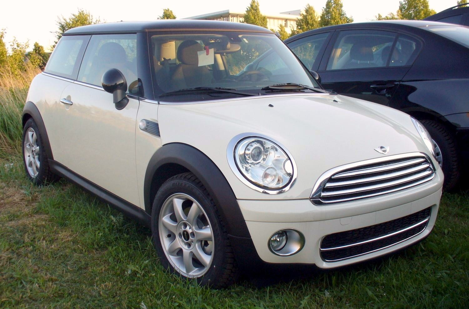 file mini r56 cooper d pepperwhite jpg wikipedia. Black Bedroom Furniture Sets. Home Design Ideas