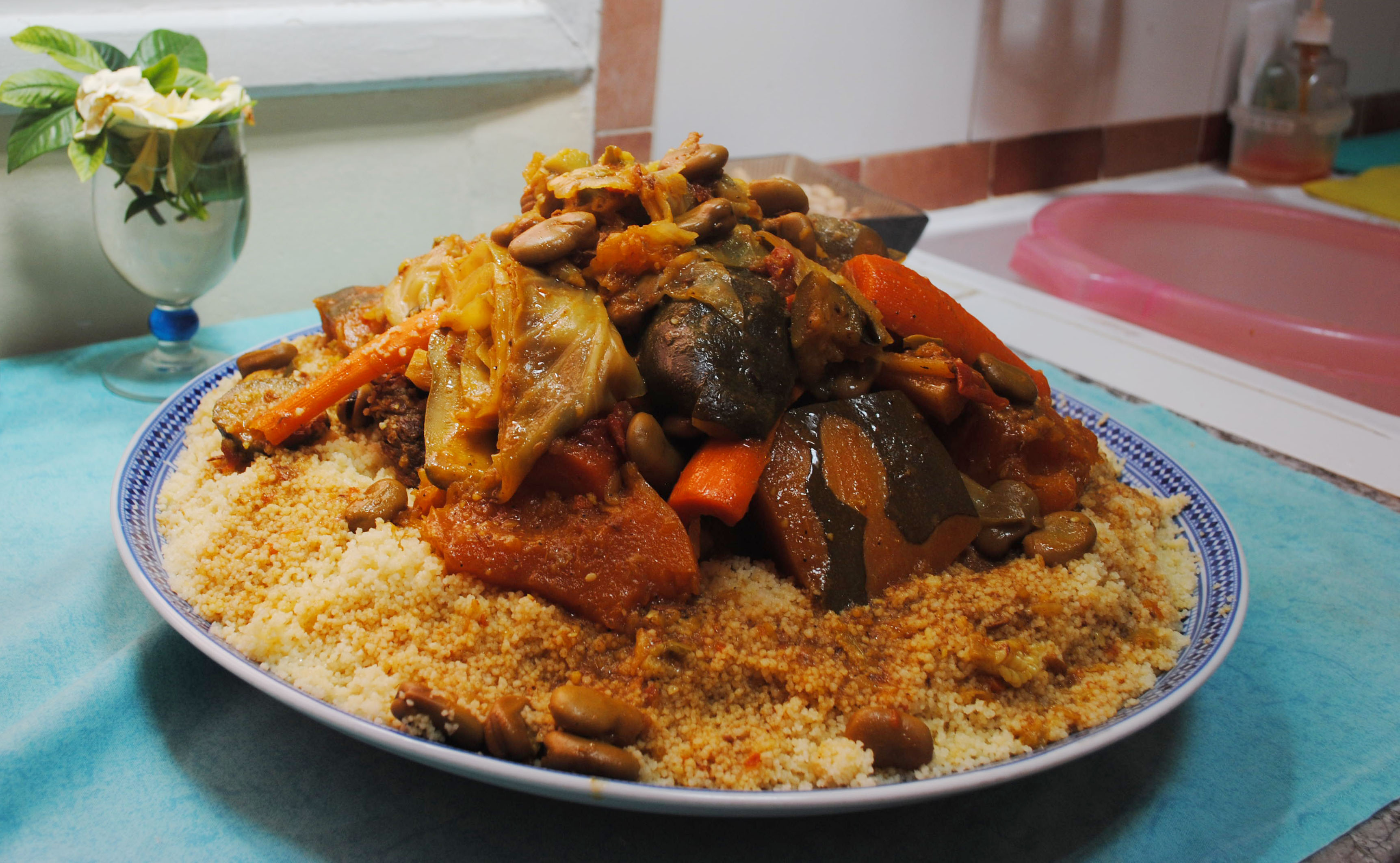 File moroccan couscous wikimedia commons - Moroccan cuisine recipes ...