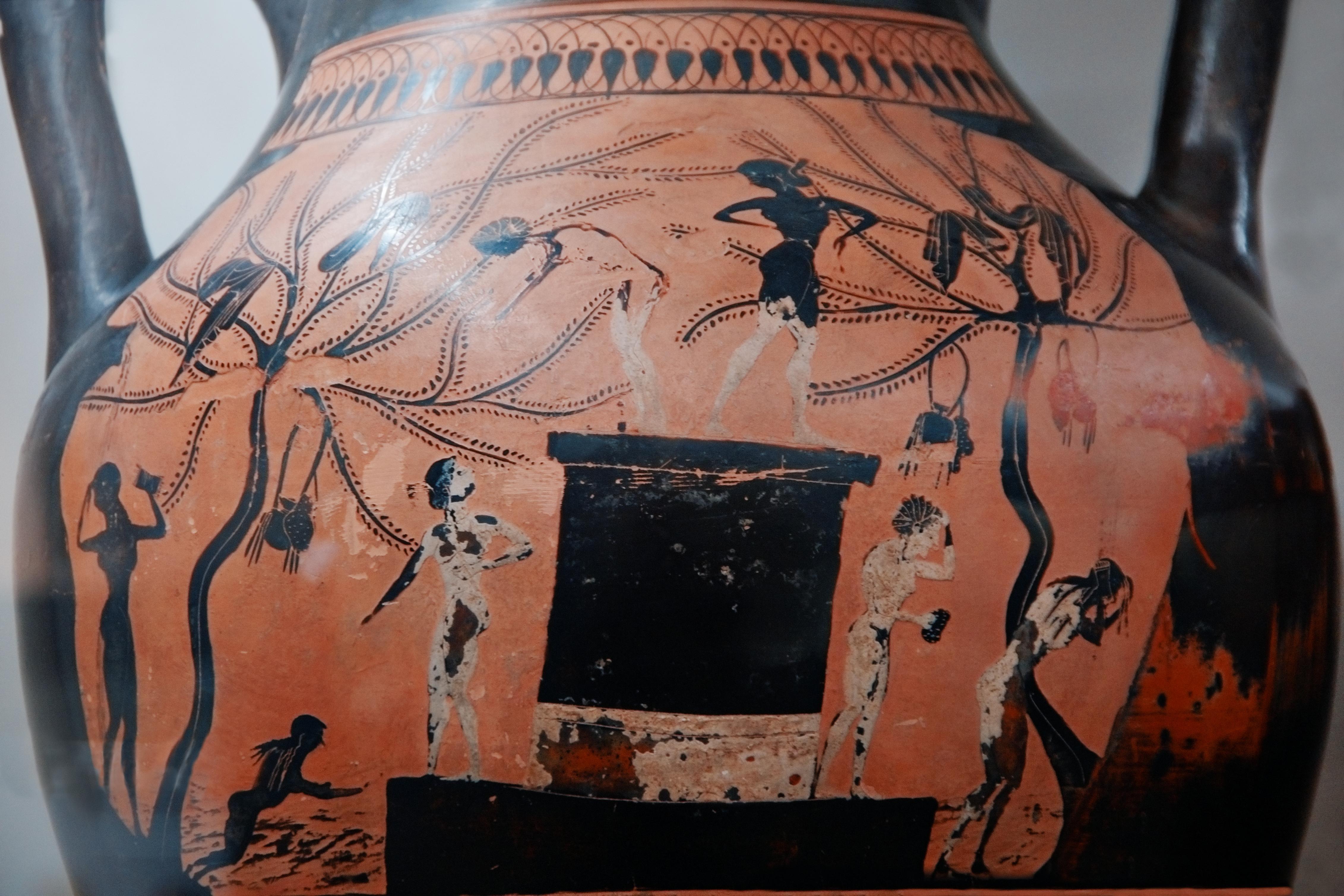 File:Museo-di-villa-giulia---vaso-con-donne-che-si-bagnano ...