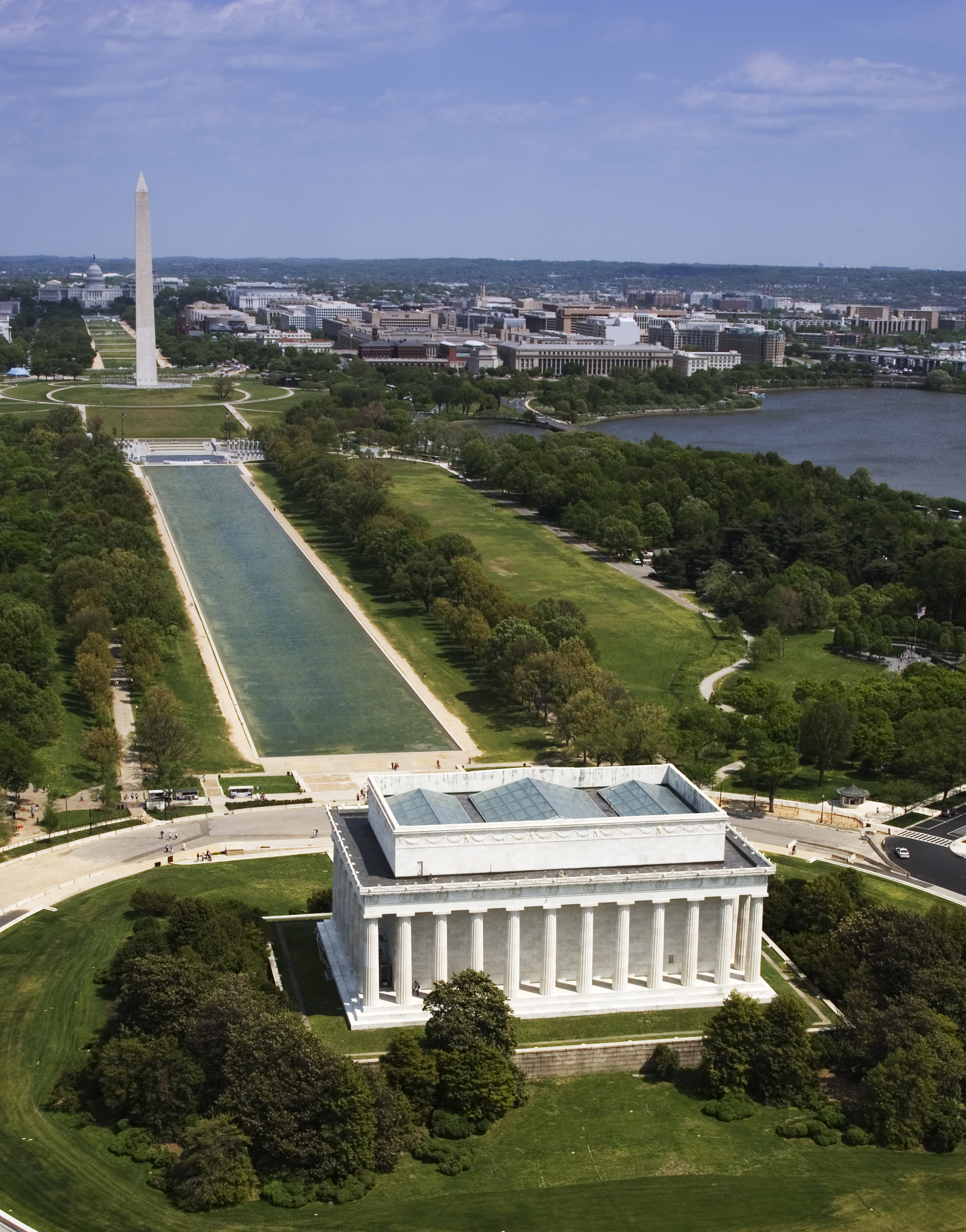 Aerial view of the Lincoln Memorial, reflecting pool, and Washington Monument