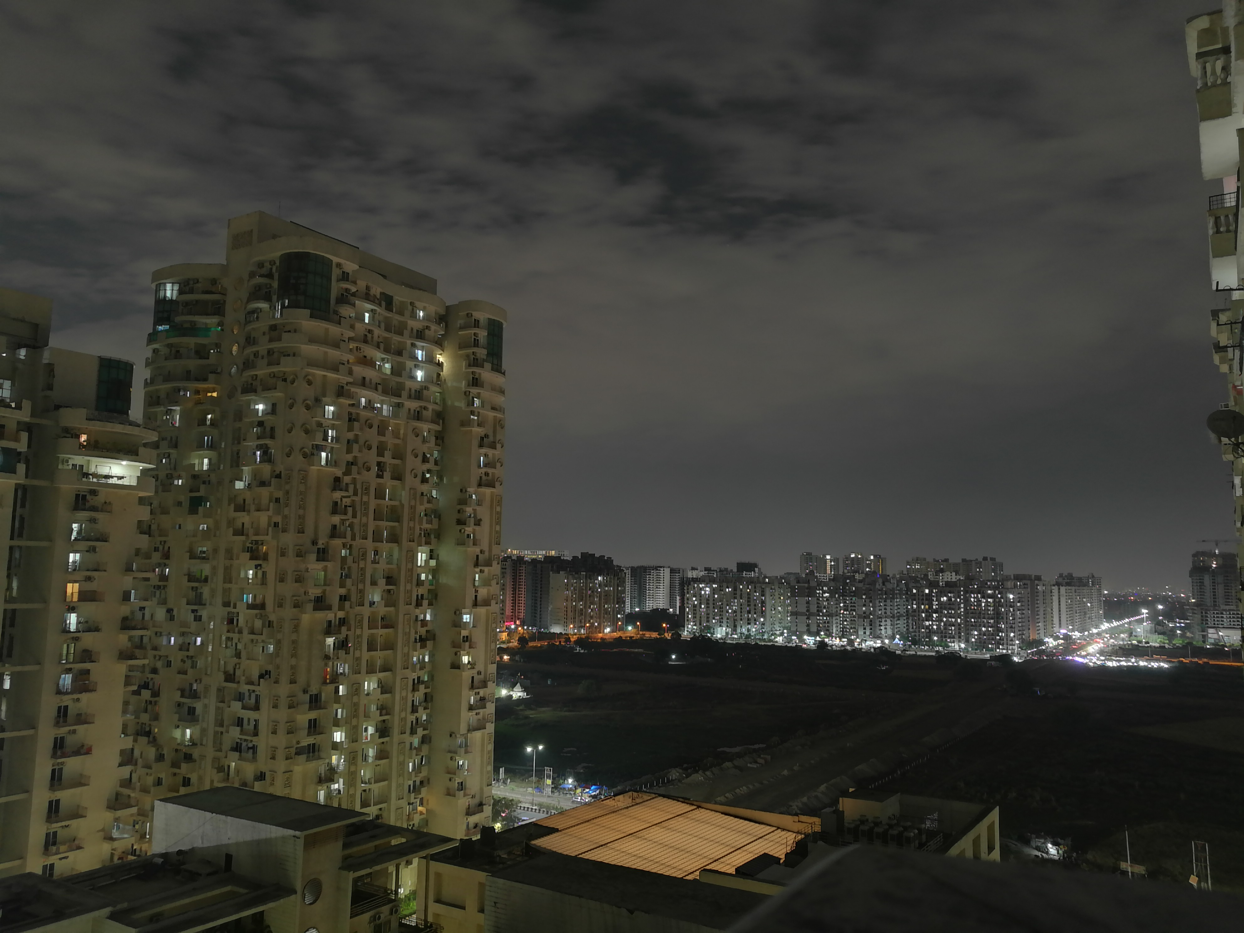 Noida,Places Images > See Pictures of Noidas Top Places