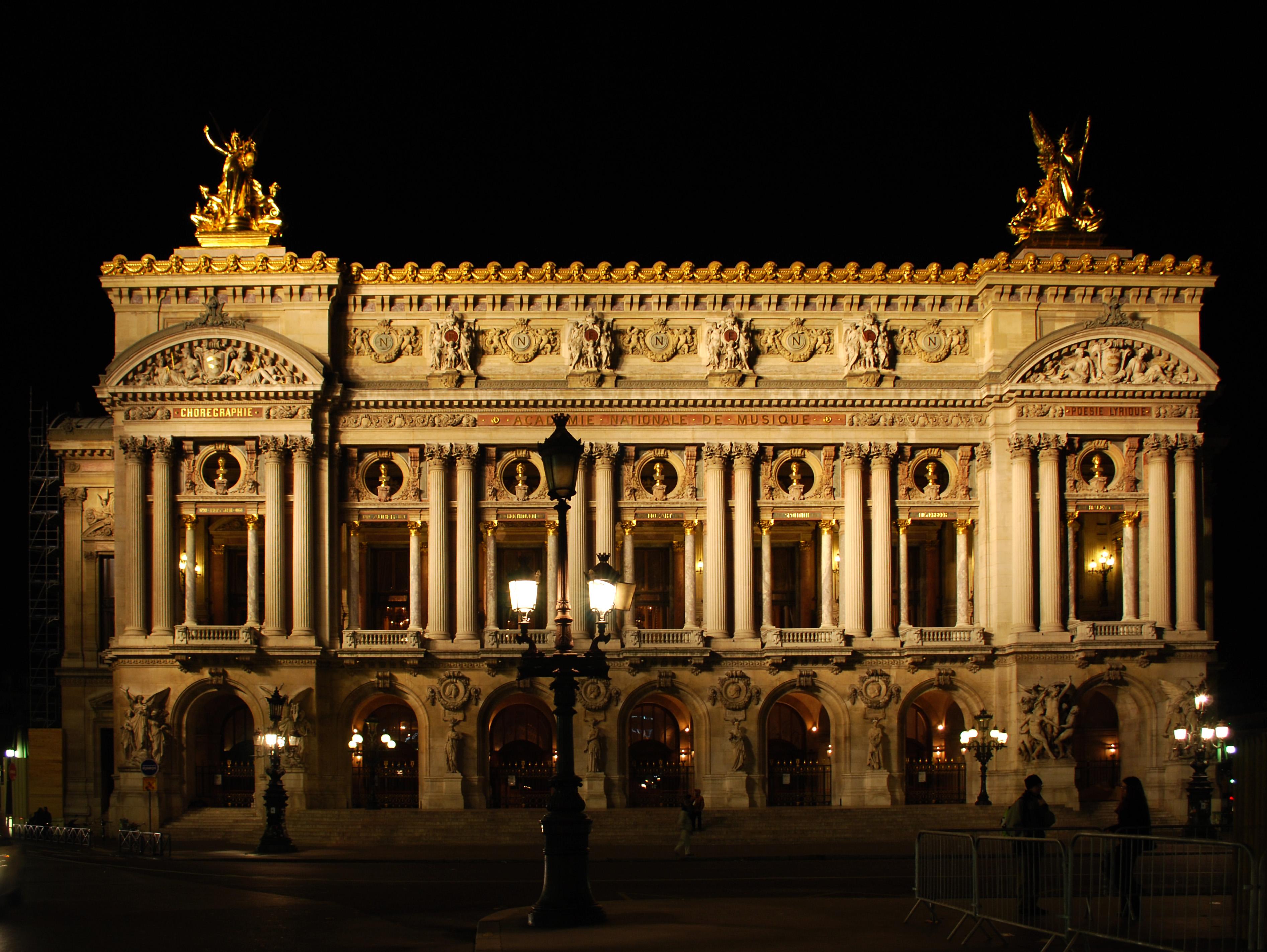 File:Opera Garnier night front.JPG - Wikimedia Commons