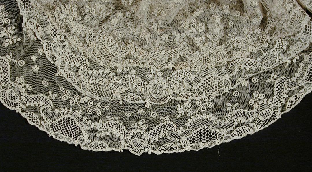 Types Of Wedding Dress Lace
