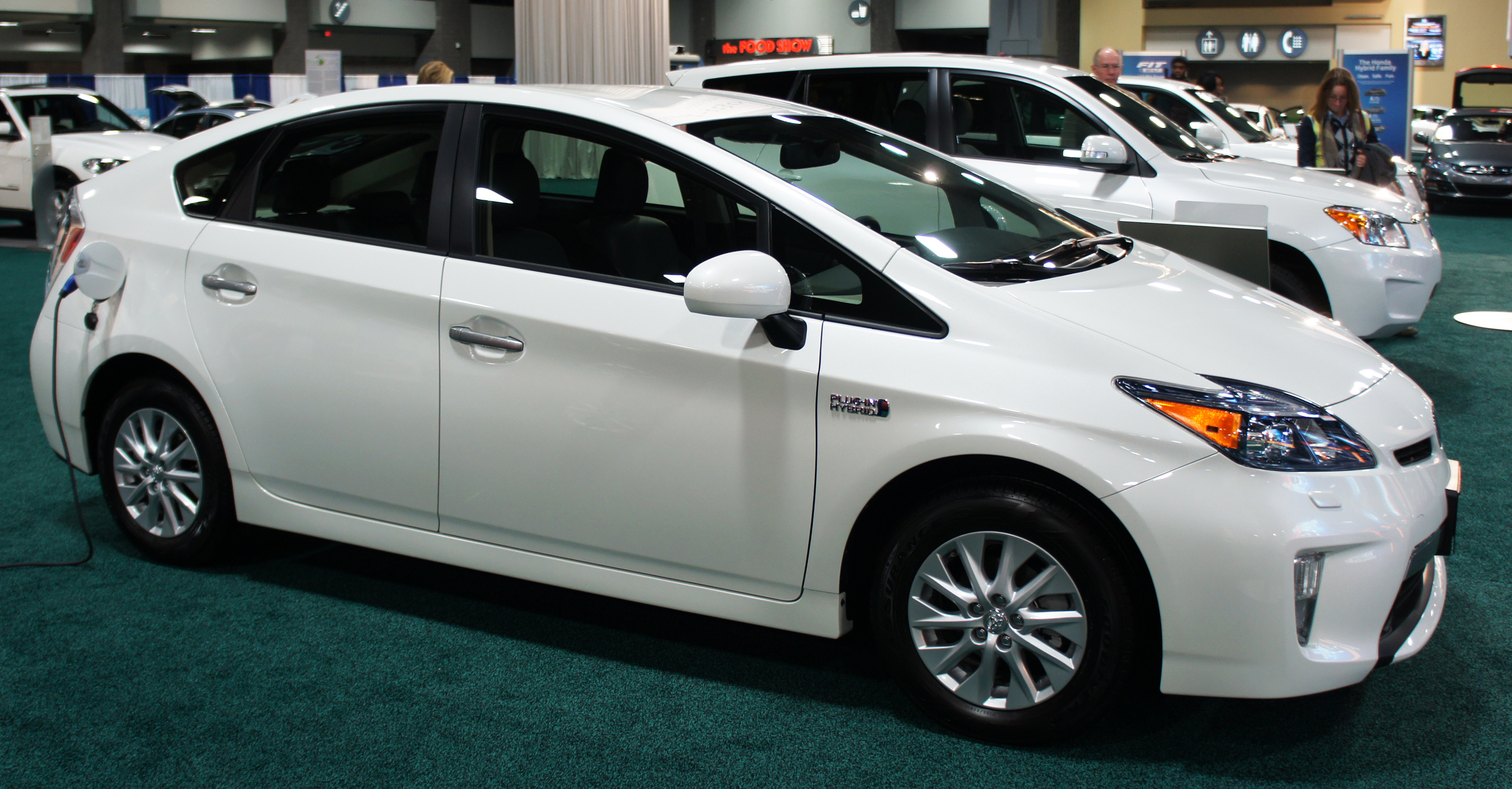 File:Prius Plug In Hybrid WAS 2012 0818.JPG