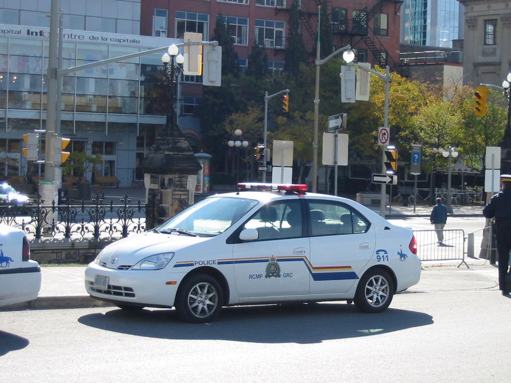 Правоохранительные органы в Канаде Википедия