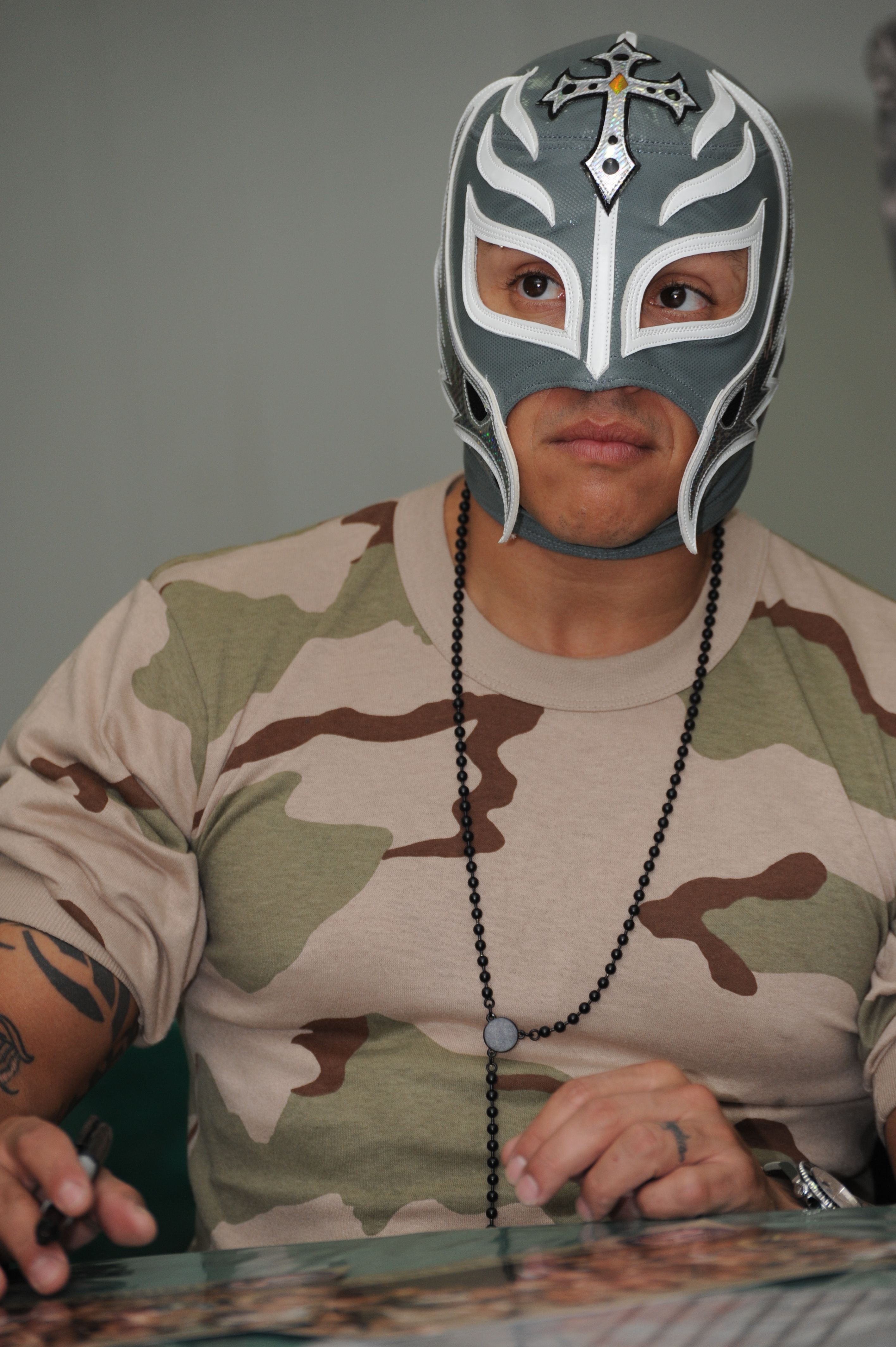 Unmasked 15 Things You Didnt About Rey Mysterio in addition Rey Mysterio Wwe Pictures as well 3791626511 furthermore 319 Rey Mysterio Sta Per Firmare Il Rinnovo also Wwe Rey Mysterio Unmasked Pictures. on oscar gutierrez unmasked