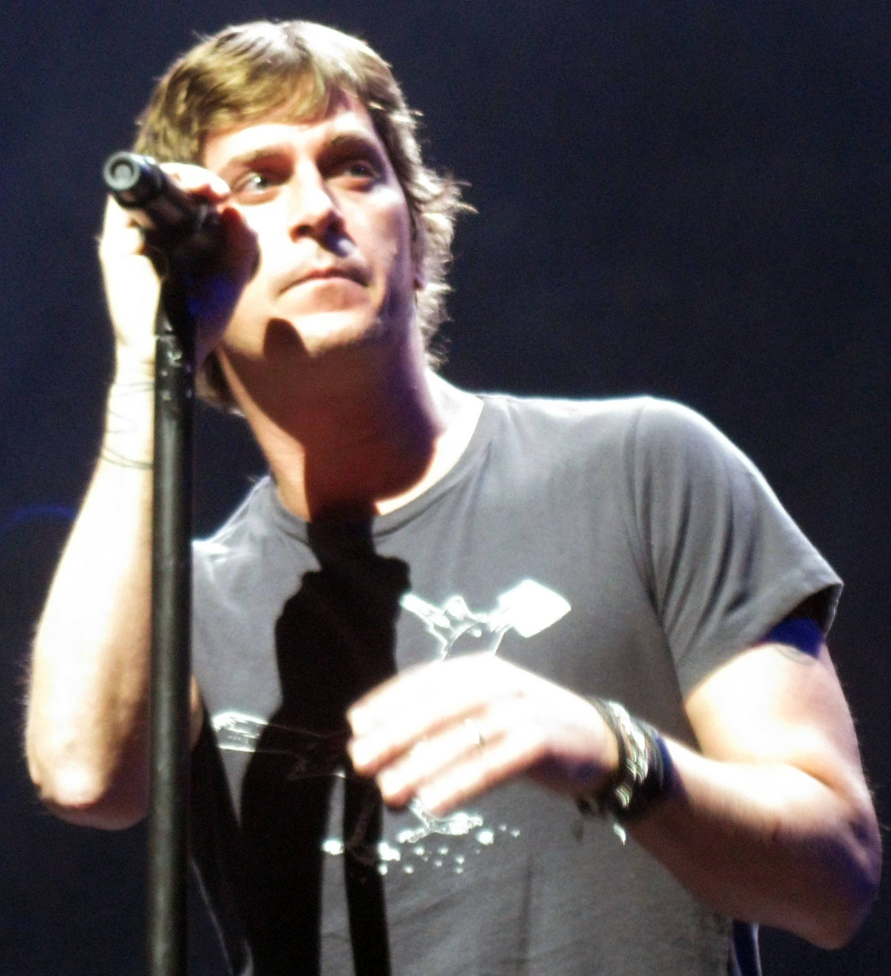 The 48-year old son of father (?) and mother(?) Rob Thomas in 2020 photo. Rob Thomas earned a million dollar salary - leaving the net worth at 2 million in 2020