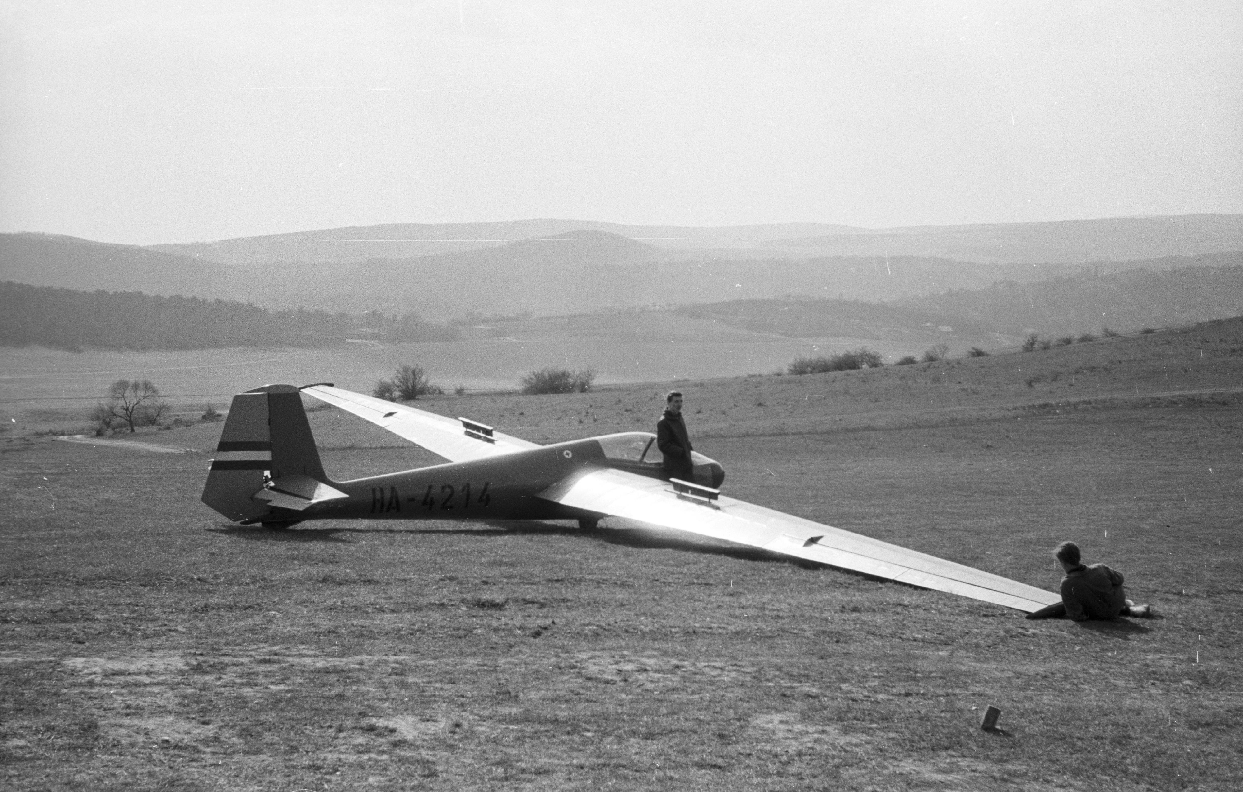 File Rubik R-22SV Super Futár C vitorlázó repülőgép. Fortepan 31477 ... b44fa12bbe