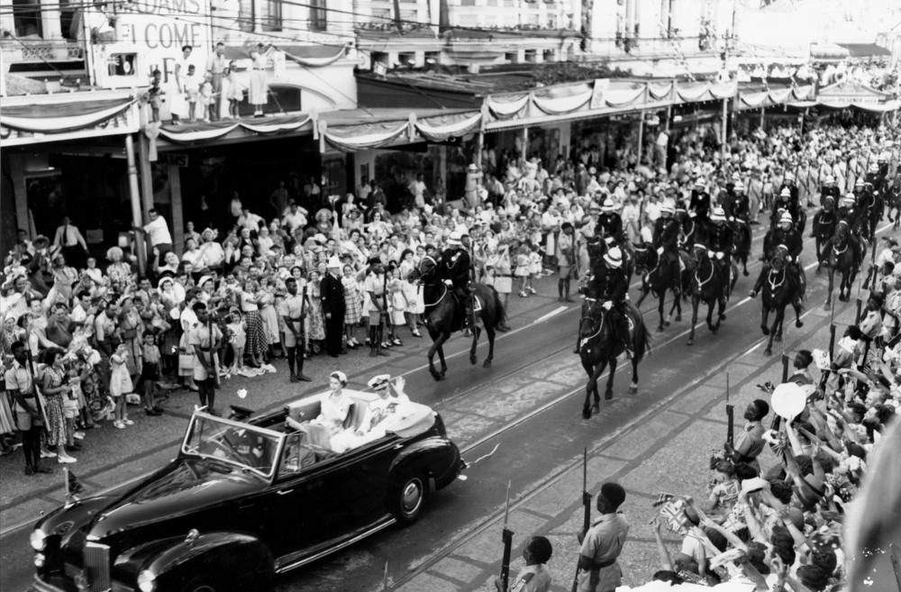 File Statelibqld 1 115420 Queen Elizabeth Ii And The Duke