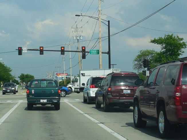 File:Stop Light at Towanda Avenue and College Avenue in Normal ...