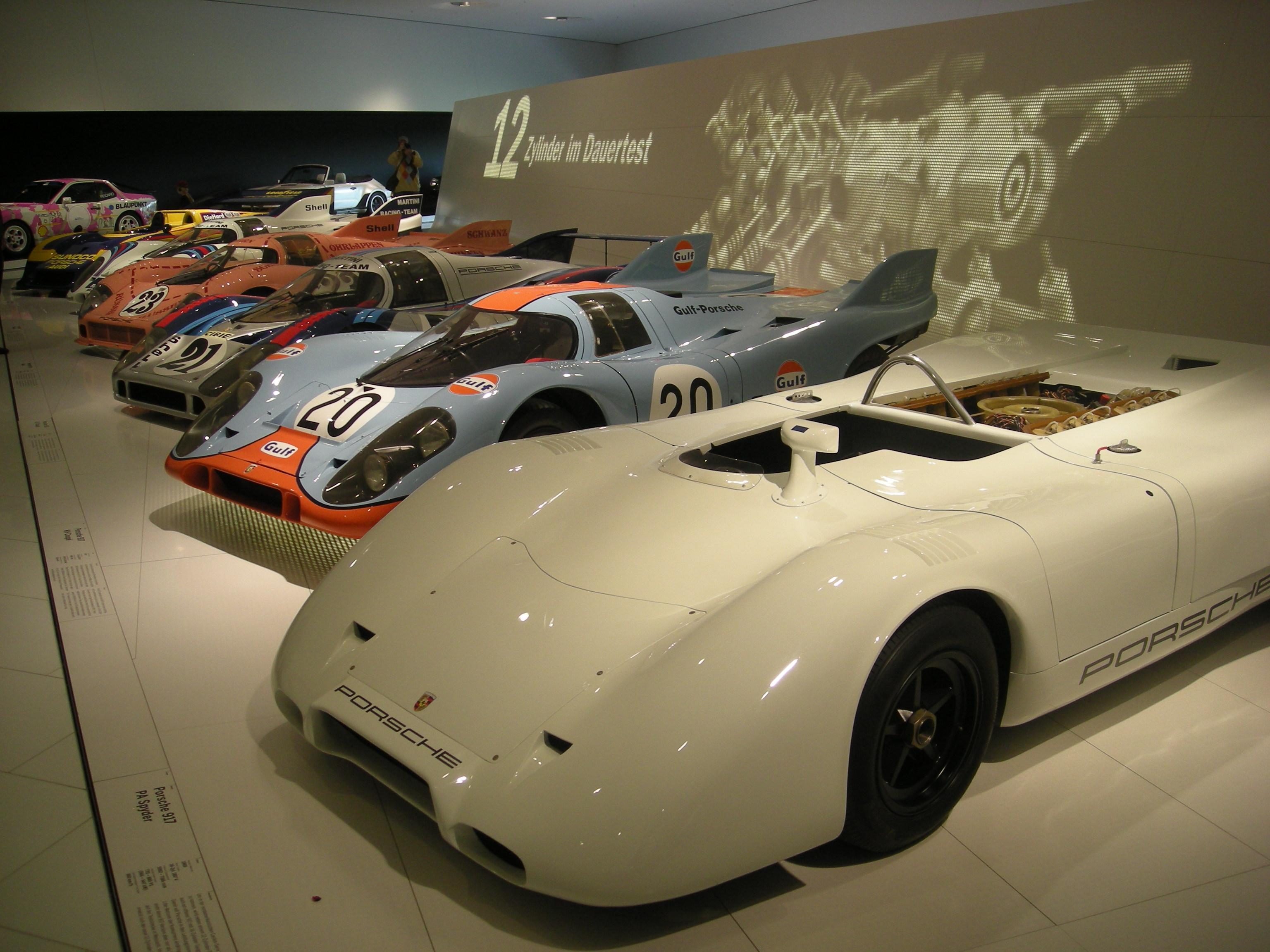 Porsche Museum Stuttgart >> File:Stuttgart Jul 2012 46 (Porsche Museum - Porsche racing cars).JPG - Wikimedia Commons