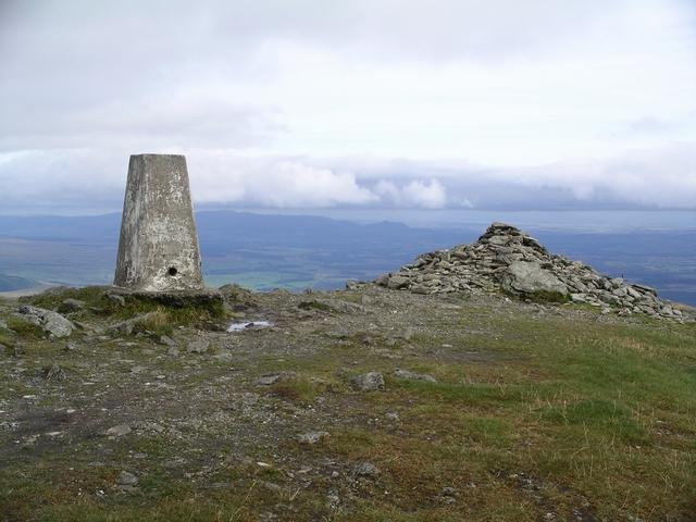 Summit, Ben Ledi - geograph.org.uk - 55359
