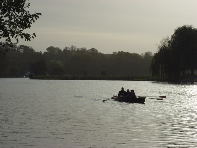 The River Thames, Wargrave - geograph.org.uk - 278928