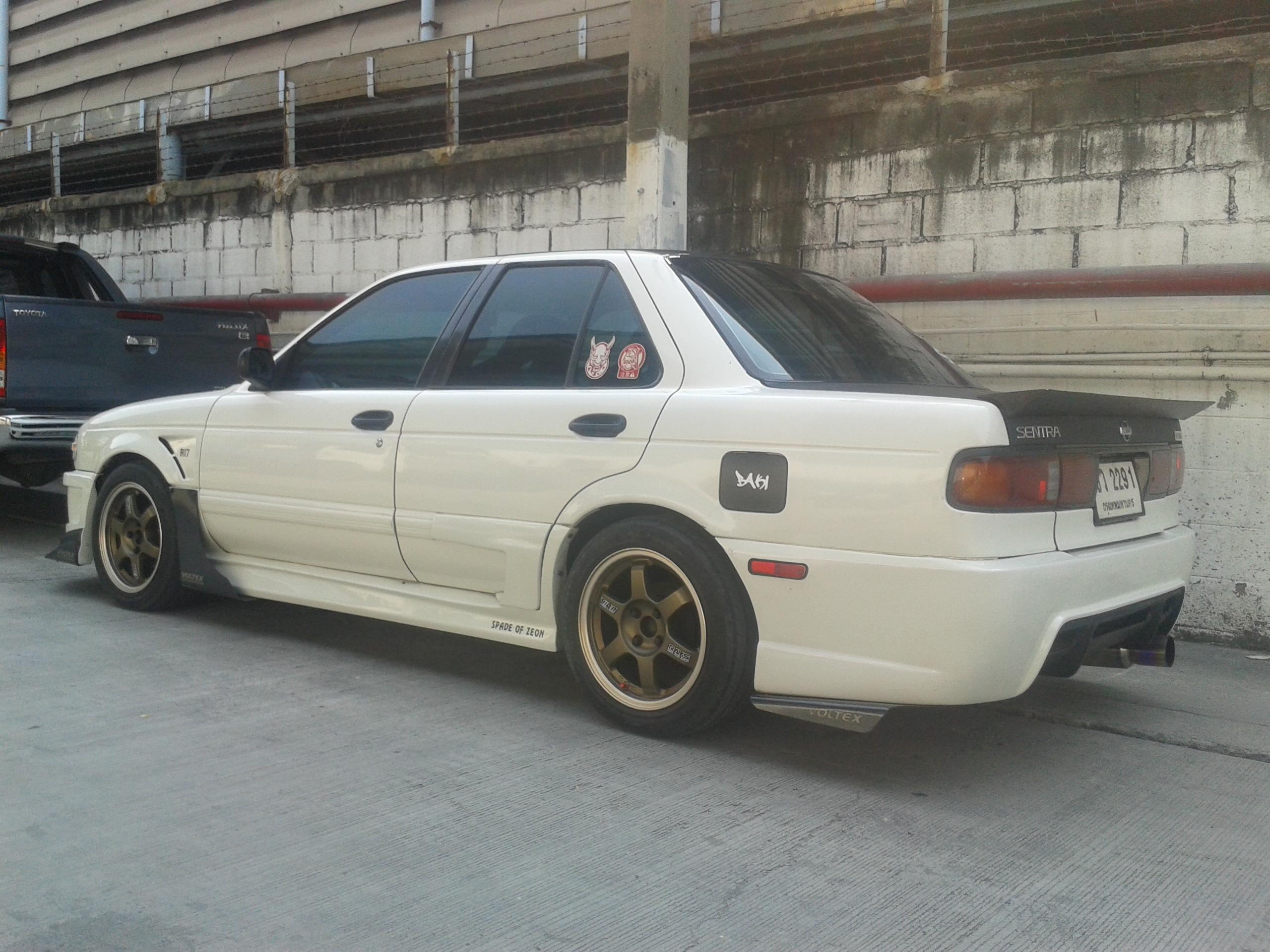 File:Tuned Nissan Sentra (B13) in Thailand 03.jpg ...