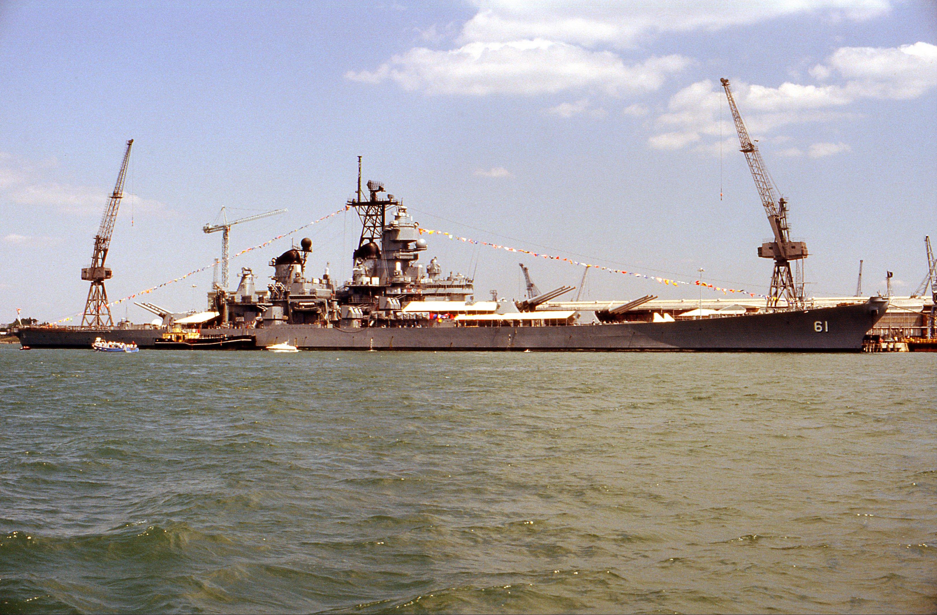 File:USS Iowa, Portsmouth, Great Britain, July 1989 (2) jpg