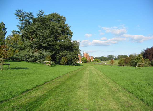View towards Combermere Abbey cottages - geograph.org.uk - 234870