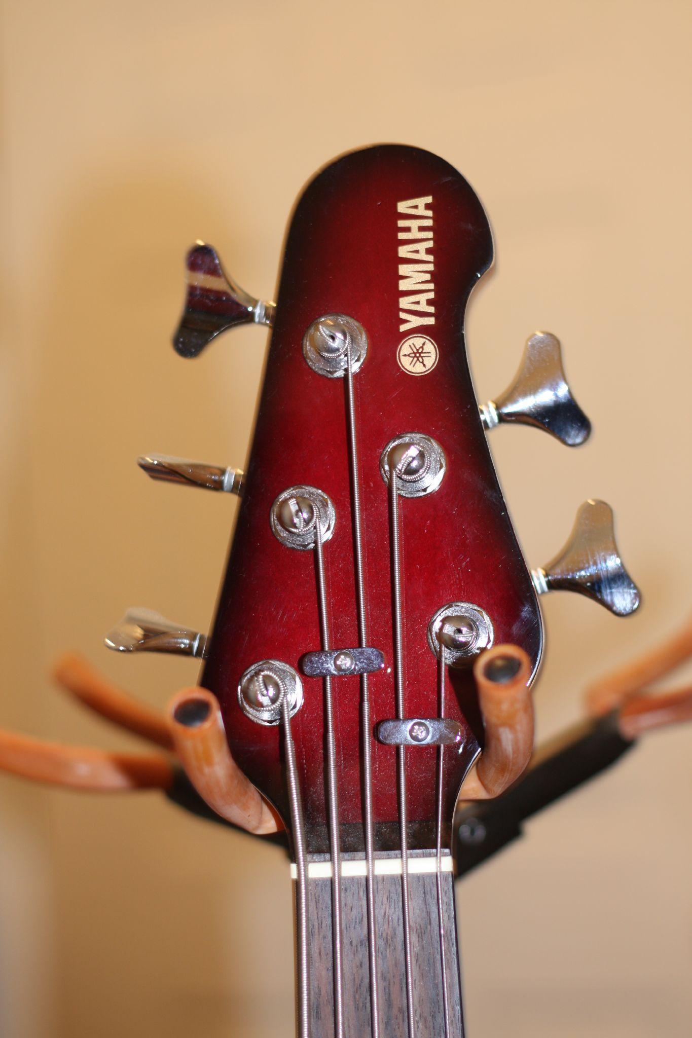 Yamaha Bb Bass Guitar
