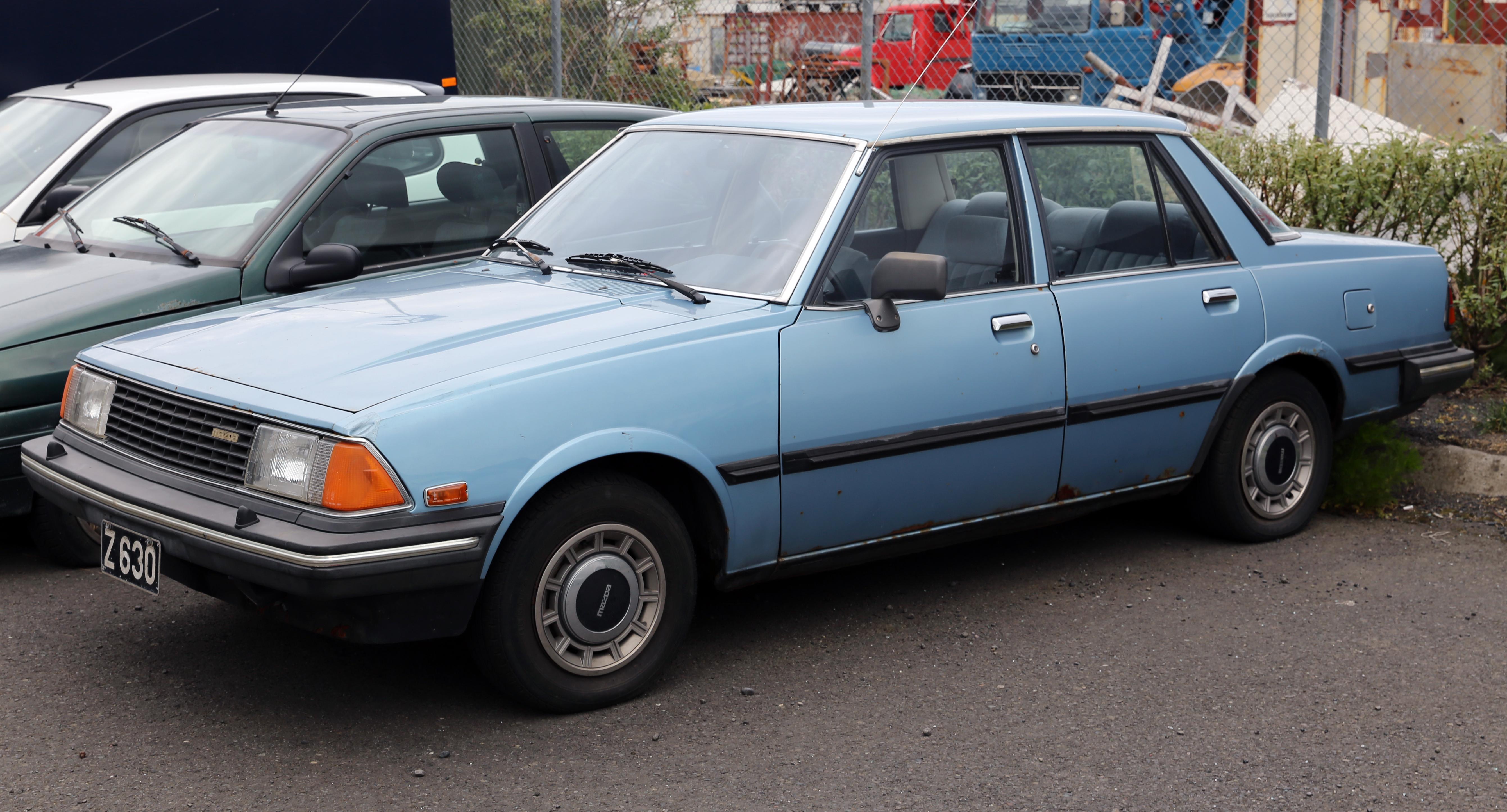 Kelebihan Mazda 326 Perbandingan Harga