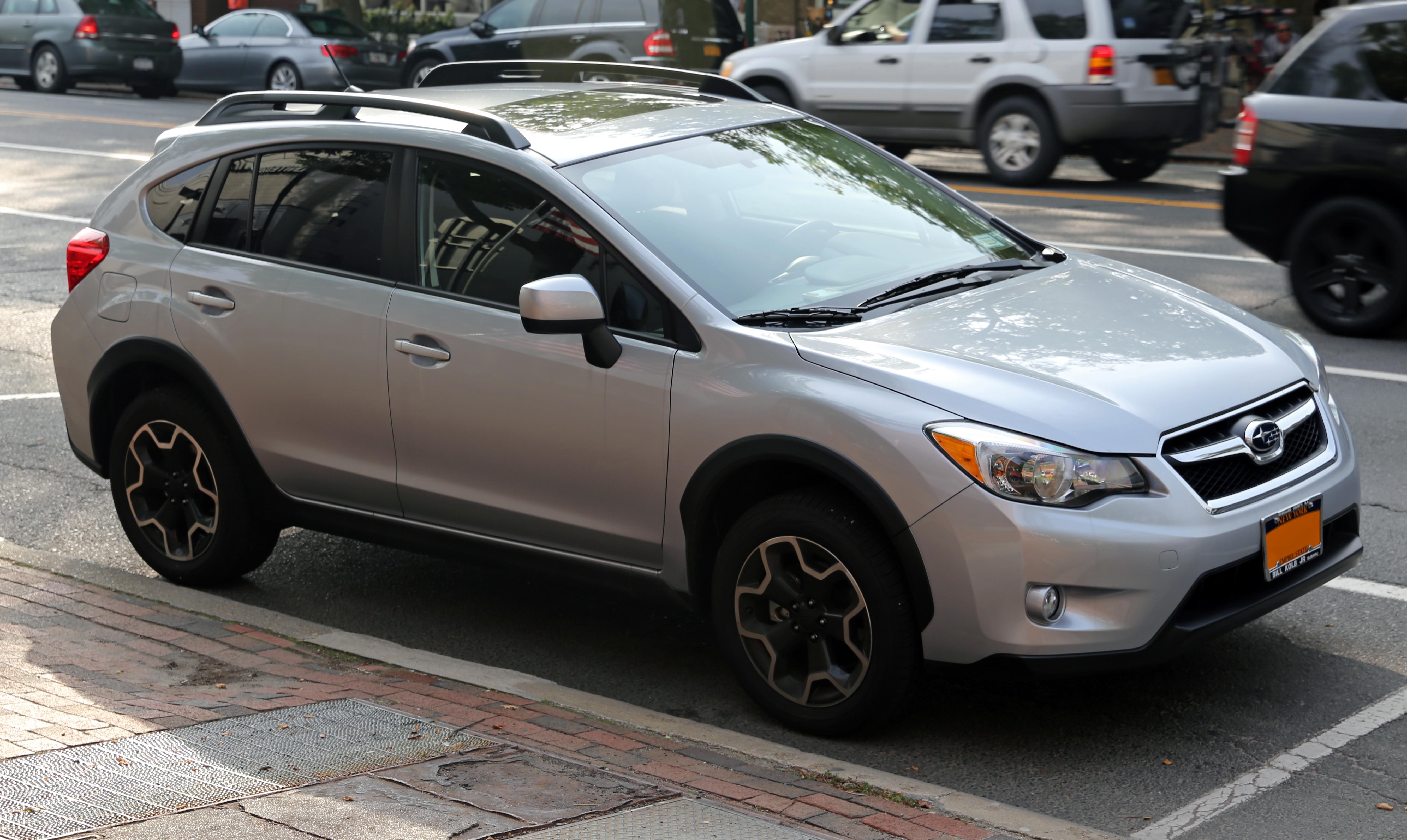 File:2013 Subaru XV Crosstrek, front left view.jpg ...
