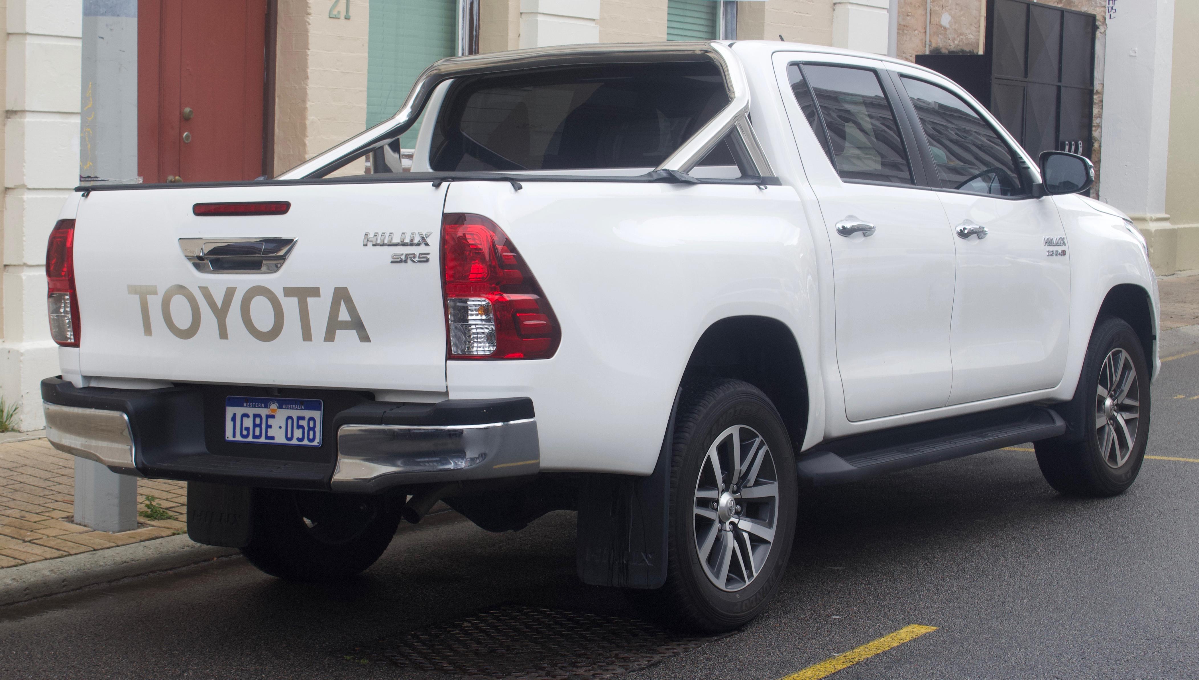 Kekurangan Toyota Hilux 2018 Top Model Tahun Ini