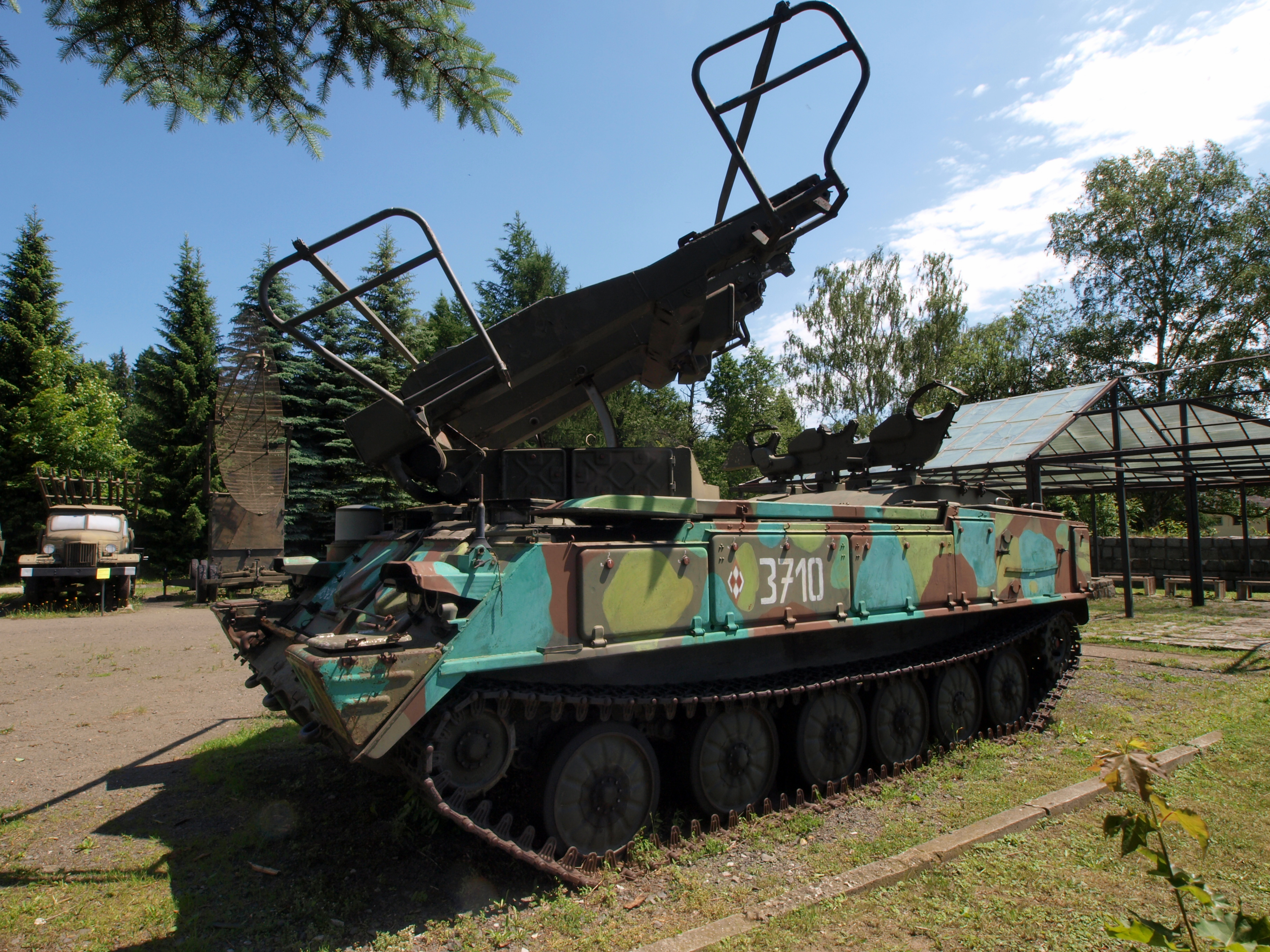 history of kub In 2011 a kub upgraded launcher (named 2k12 kub cz) with three aspide 2000 missiles in launch containers was presented at the international exhibition of defence and security technologies (idet) exposition in brno the modifications were made by retia.