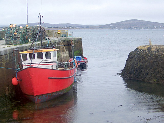 File:A working quay on Carrowroe-An Cheathru Rua - geograph.org.uk - 1248902.jpg