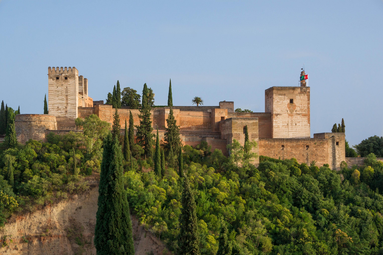File:Alcazaba Alhambra Grenade Espagne.jpg - Wikimedia Commons