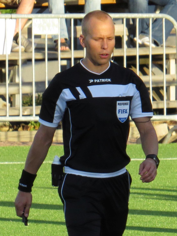 Antti Hanhivaara Keskustelu