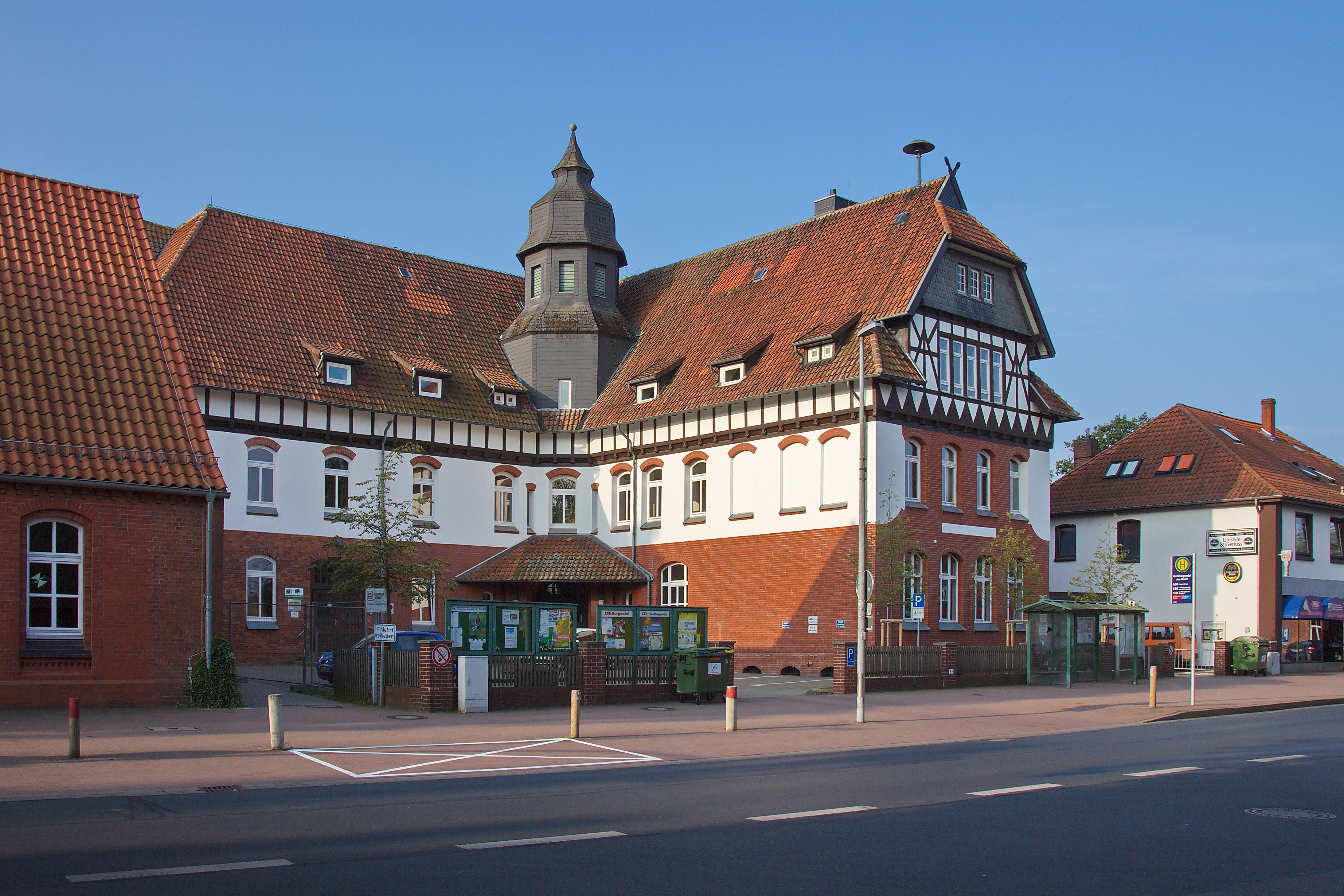 Großburgwedel Reiseführer Auf Wikivoyage