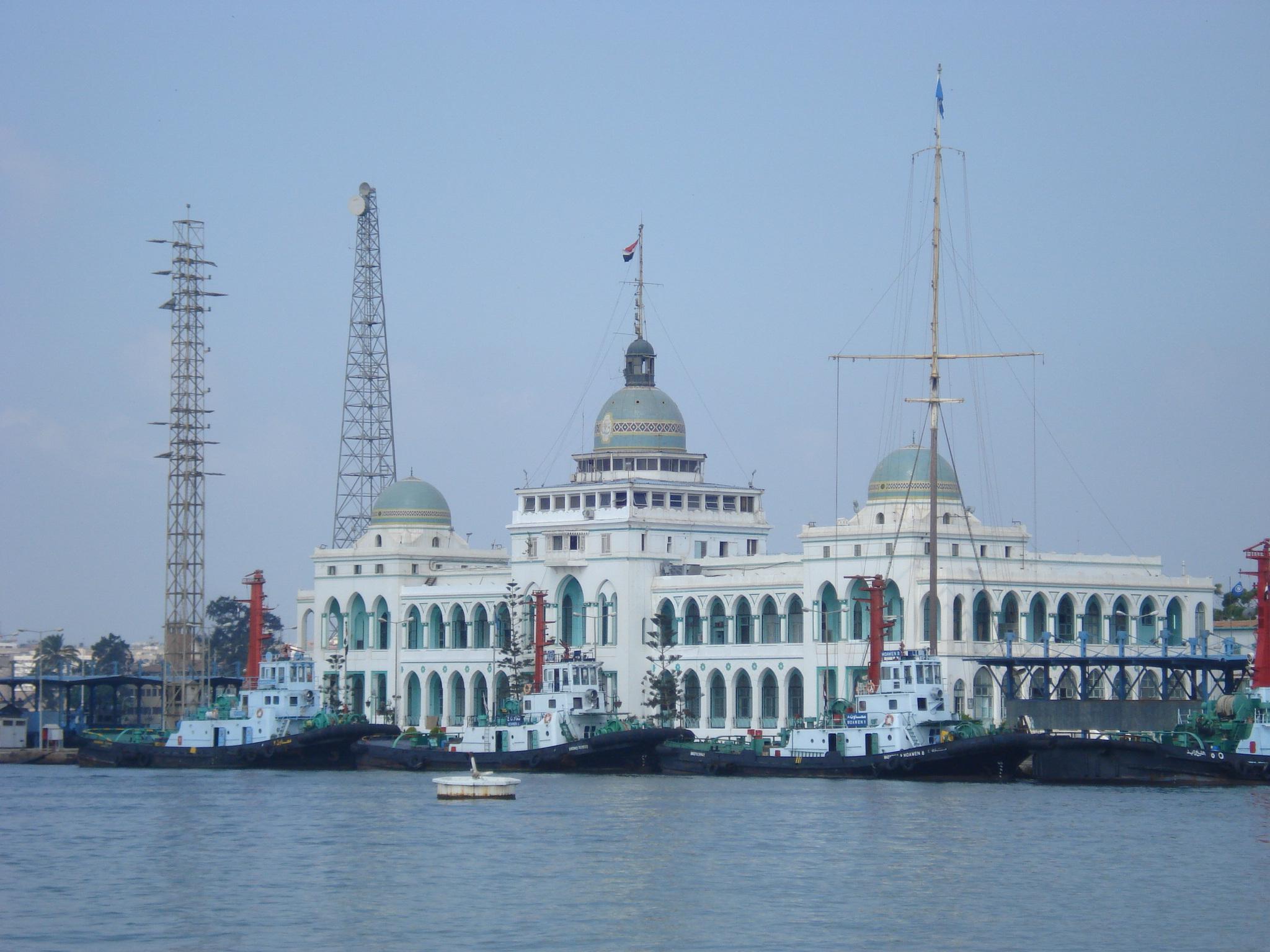 Building of Suez Canal Authority. fot. wikimedia/ Abdelrhman
