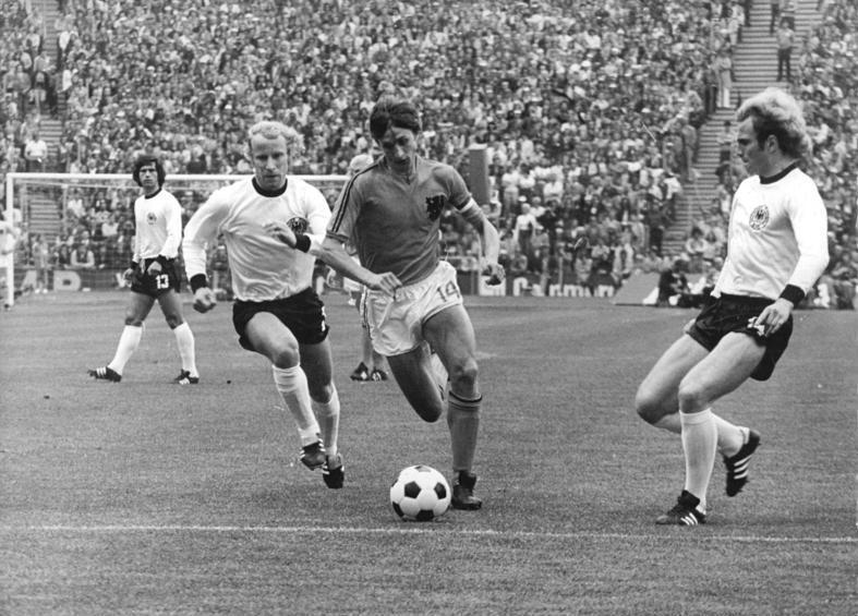 Bundesarchiv Bild 183-N0716-0314, Fußball-WM, BRD - Niederlande 2-1