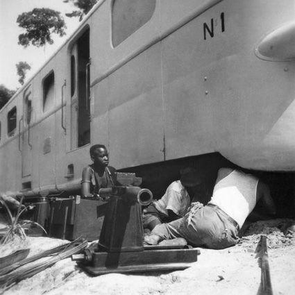File:CH-NB - Belgisch-Kongo, Thysville (Mbanza Ngungu)- Eisenbahn - Annemarie Schwarzenbach - SLA-Schwarzenbach-A-5-26-039a.jpg