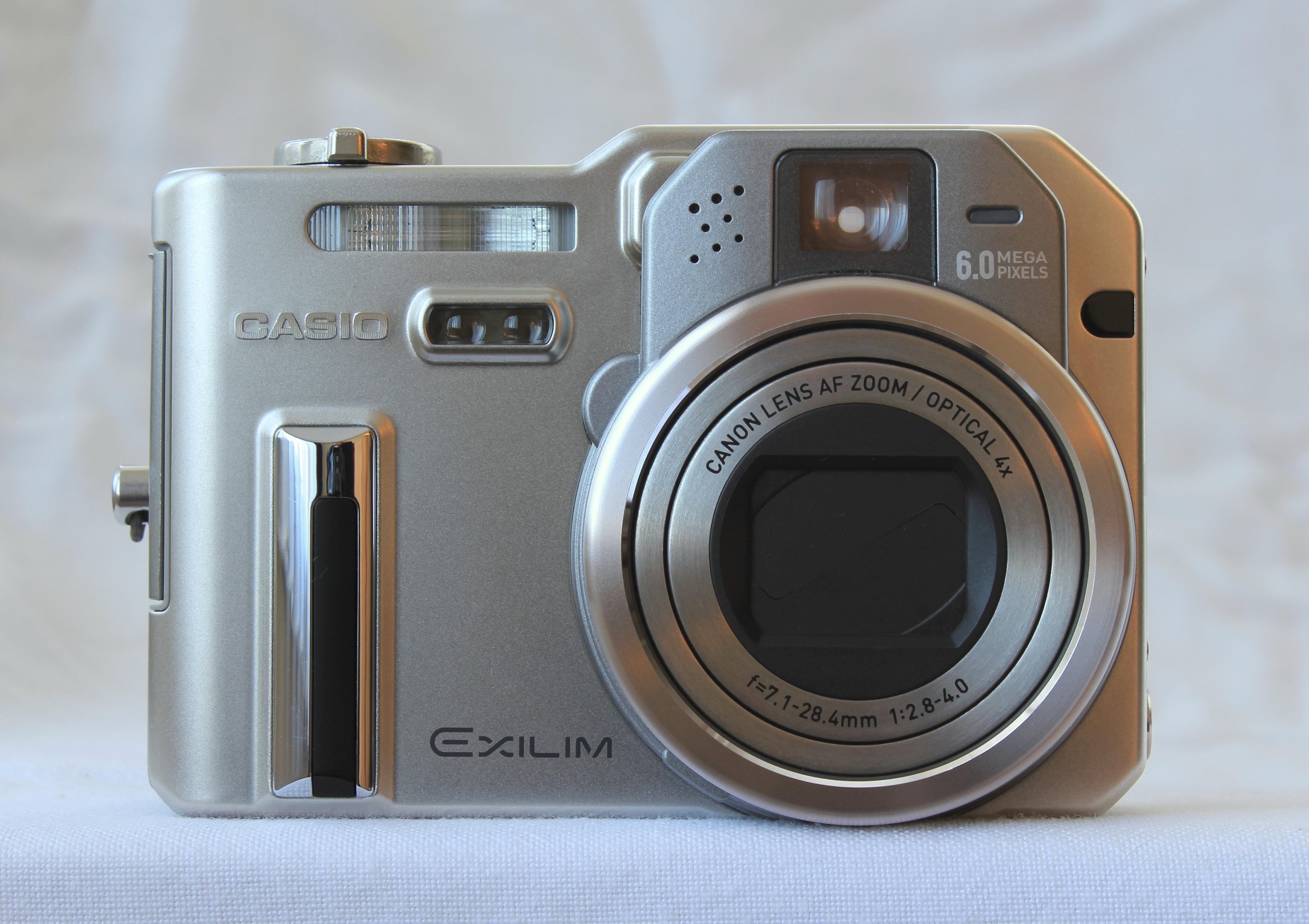 Casio Exilim EX P600 Digital Camera JPG