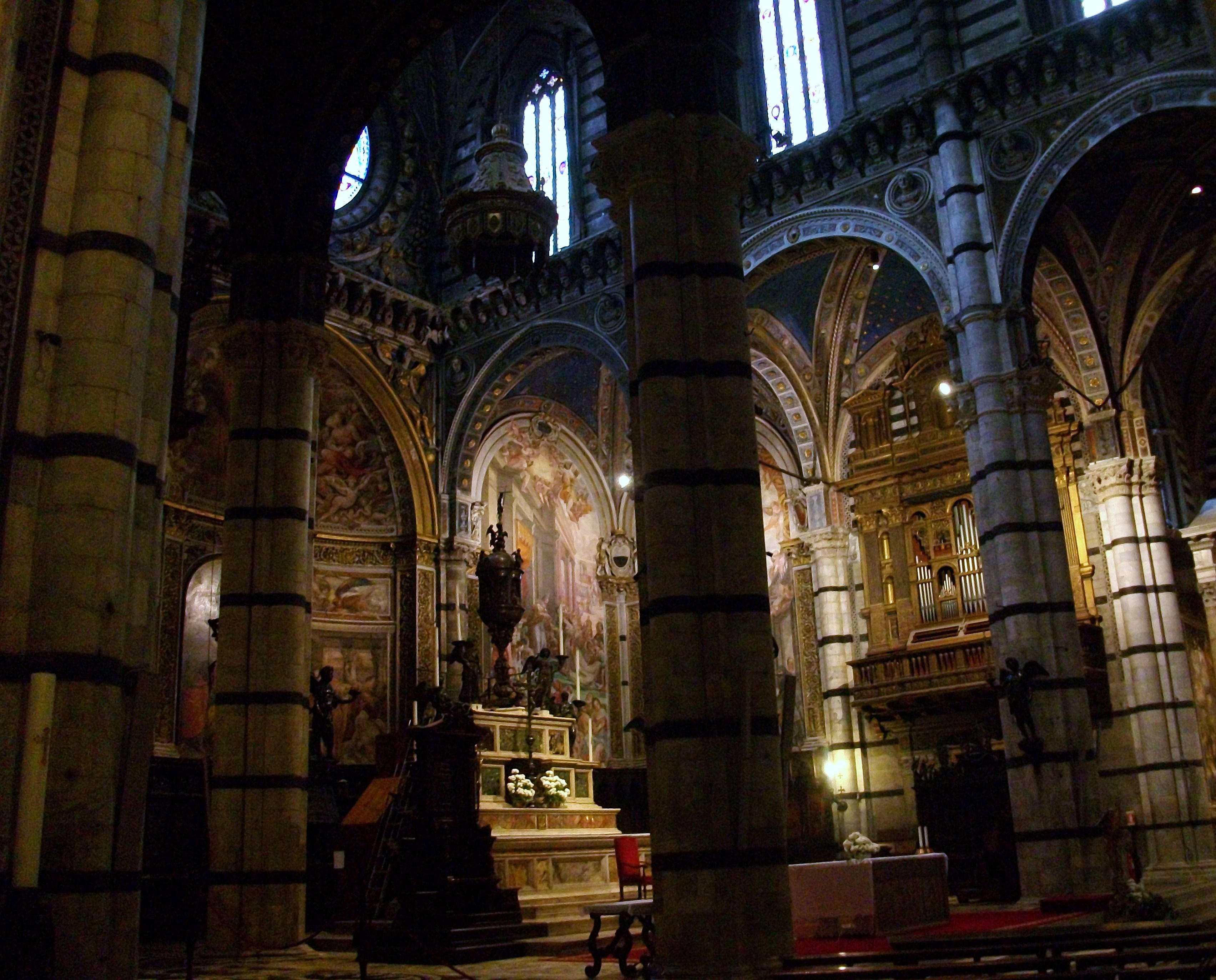 File catedral de siena interior jpg wikimedia commons for Catedral de durham interior