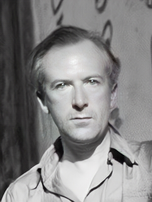 Image of Cecil Beaton from Wikidata