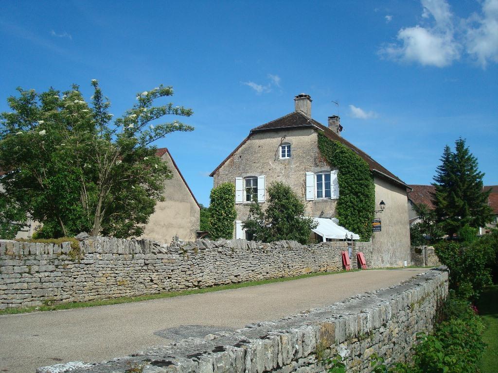 Château-Chalon32-maison.JPG