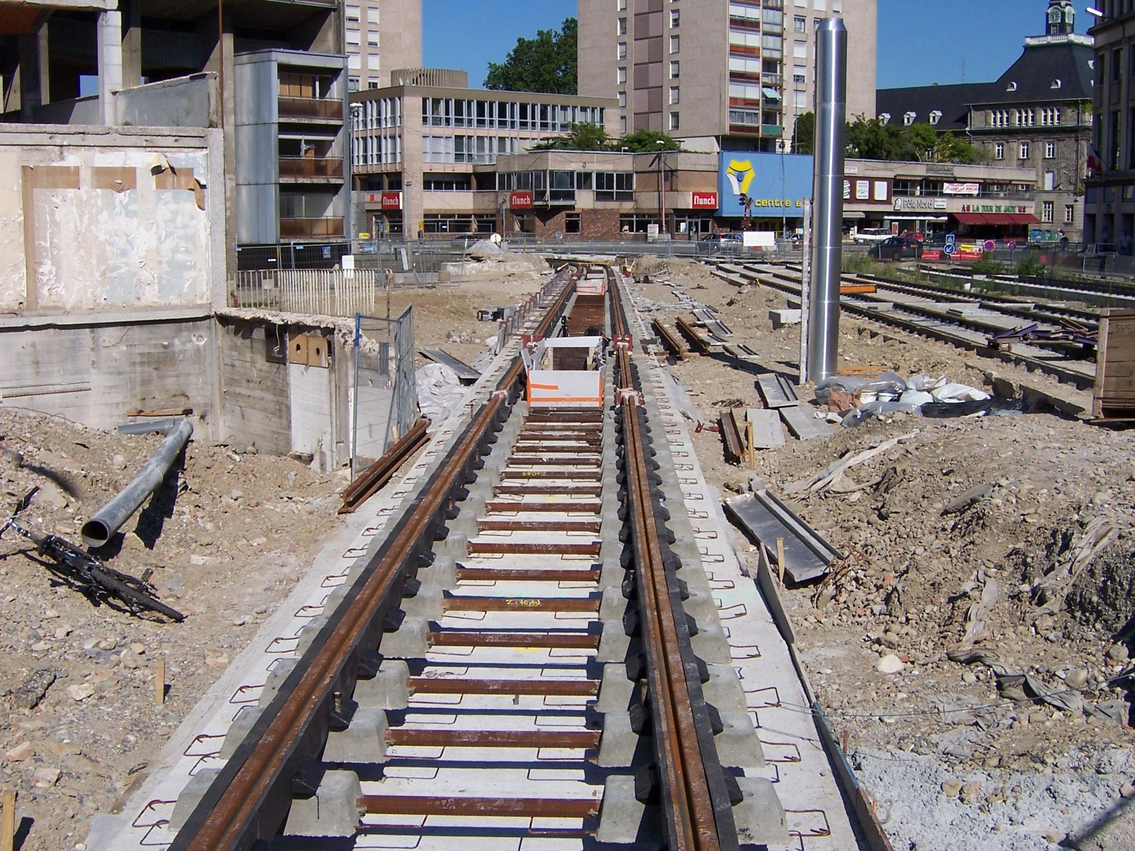 File Chantier Tram Mulhouse PorteJeune 14 07 2005 JPG Wikimedia