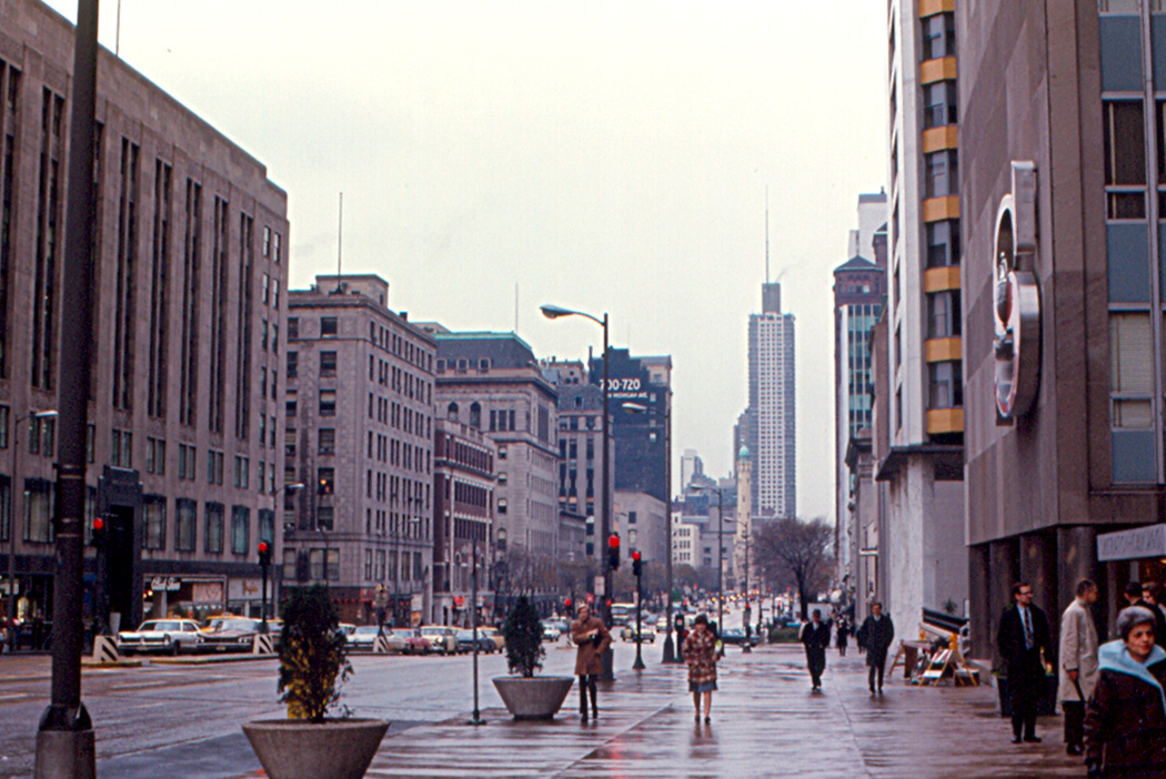 Chicago Michigan Avenue Hotels Map on