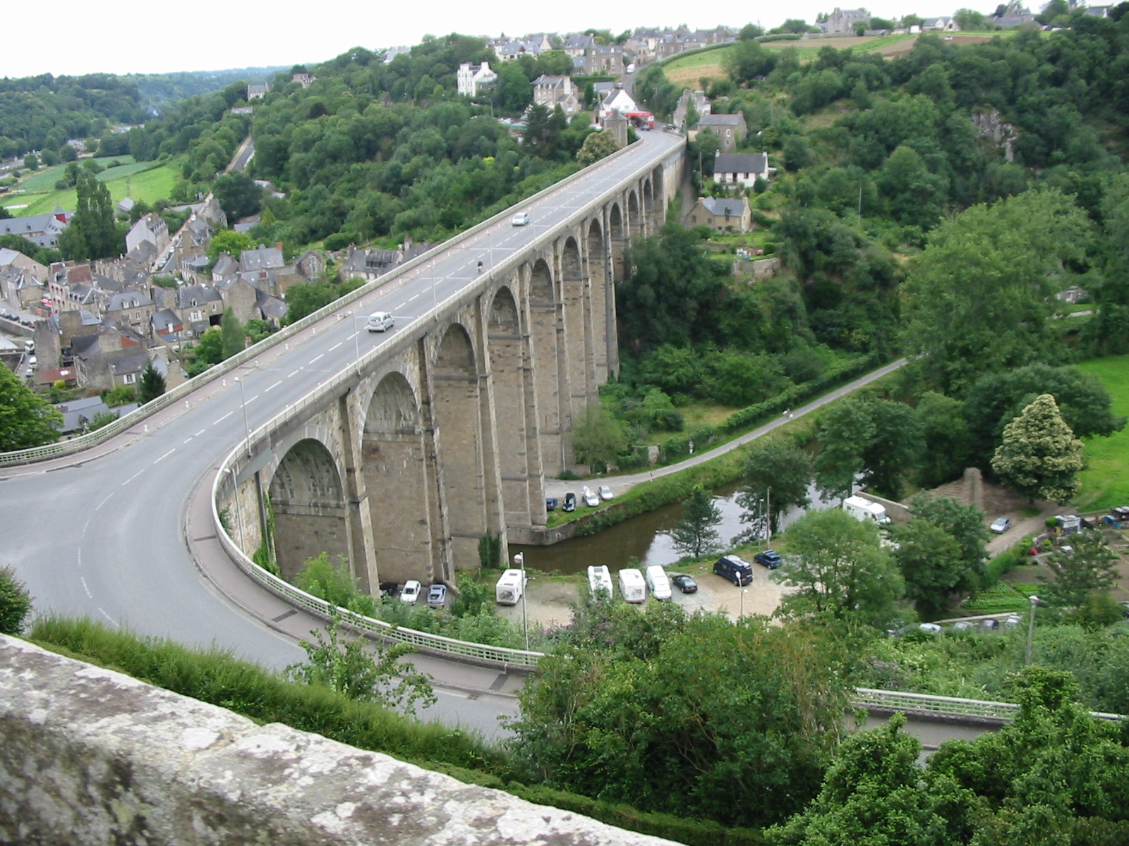 Dinan France  city photos gallery : Dinan France , viaduc over Rance river Wikimedia Commons