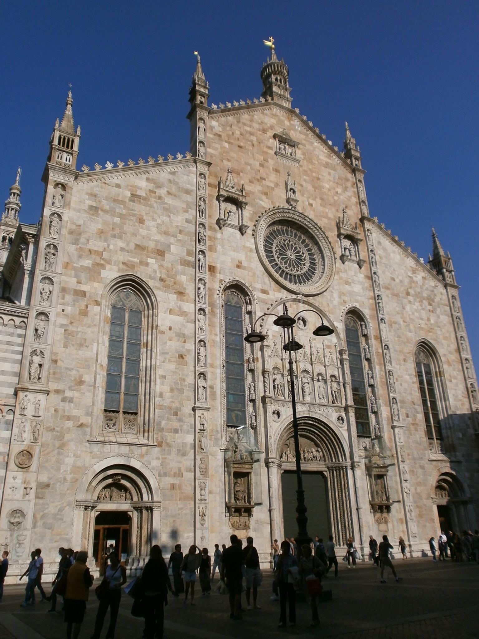 Description Duomo di Como - la facciata - 01.JPG