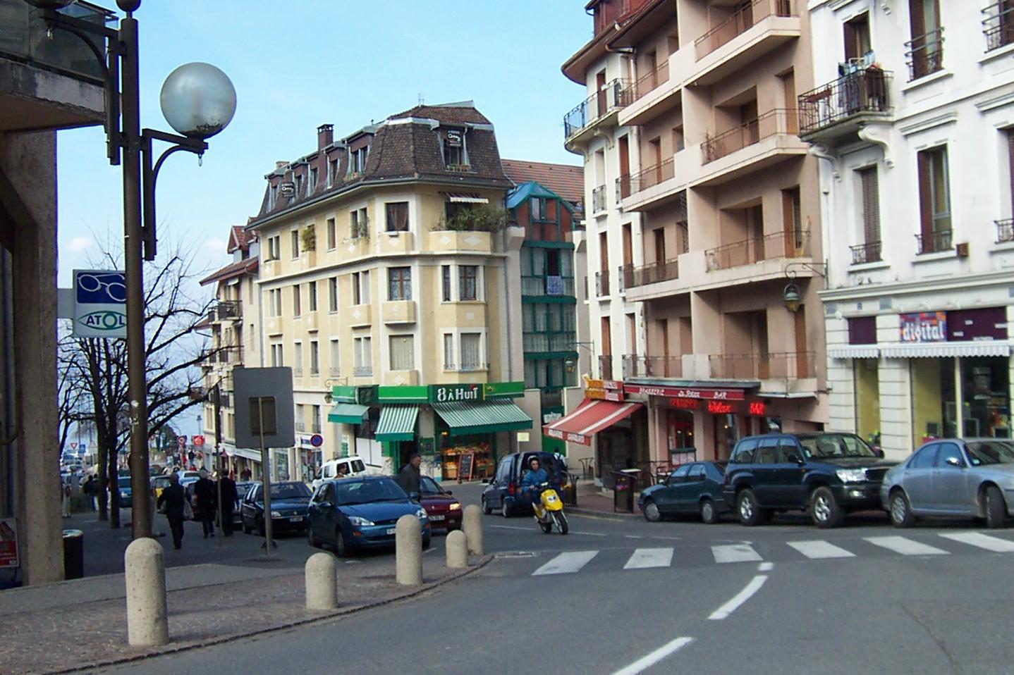 EvianStreet.jpg
