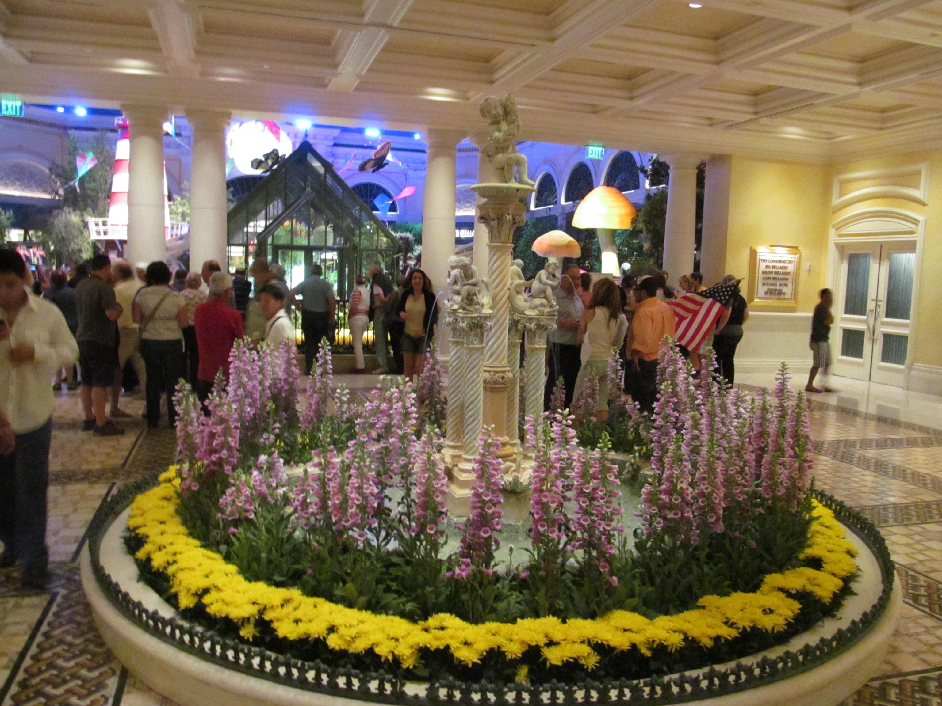 Bellagio Las Vegas, Hotel and Casino - Official Site |Las Vegas Bellagio Hotel Lobby