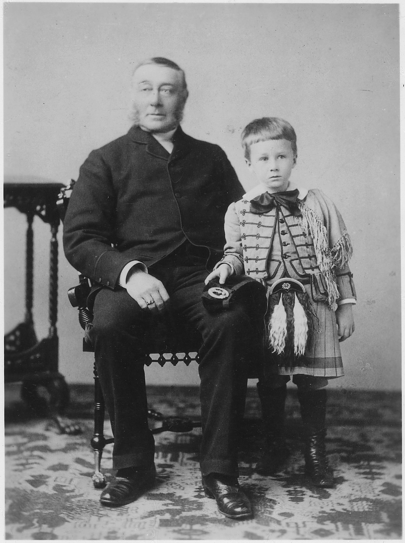 File Franklin D Roosevelt And Father Portrait In Washington Washington D C Nara 196680 Jpg Wikimedia Commons