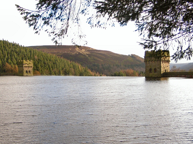 Howden Dam - geograph.org.uk - 122276